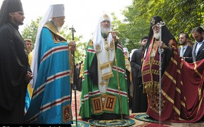 Eastern Orthodox Leaders Defend Christian Brothers and Plead for Peace Prayer for Syria