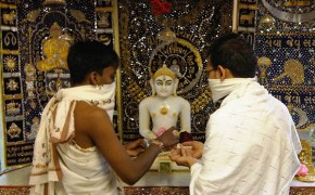 Shvetambar and Digambar Jains Unite For the First Time To Celebrate The Festival Of Paryushan