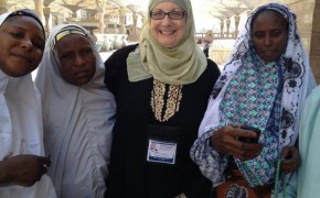Illinois Mom Converts to Islam and Bravely Travels Her First Hajj
