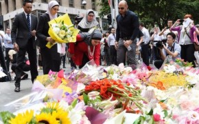 #IllRideWithYou Hashtag Reveals Humanity After Australian Siege