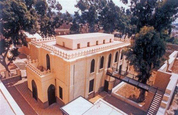 Then Ben Ezra Synagogue as it looks today, following its renovation in 1983-1993.