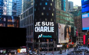 Many Rise to Support the Victims in the Charlie Hebdo Terrorist Attack