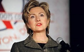 Hillary Clinton's Trustworthiness Questioned at Iowa Event