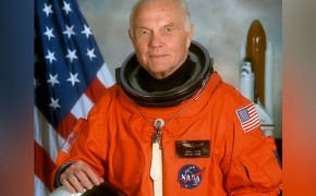 Former Astronaut John Glenn Believes in God, Says Schools Should Teach Evolution
