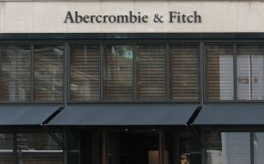 Woman Discriminated By Abercrombie & Fitch Receives $25,000 Settlement