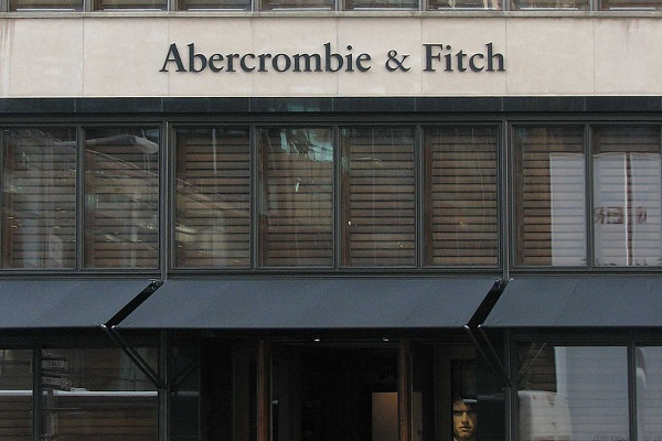 abercrombie fitch ethical issues Male models wave to onlookers from an abercrombie & fitch store in 2012 a woman in oklahoma says the company didn't hire her because of her religious headscarf in a case going before the supreme.