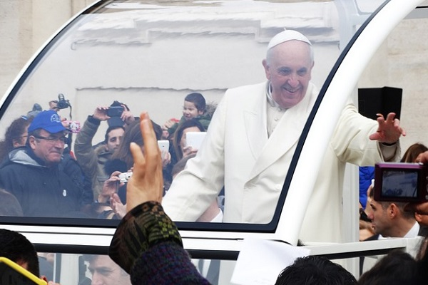 pope-francis-707373_640