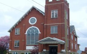 Atheist Minister Refuses to Leave the Christian United Church of Canada