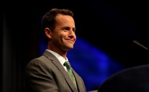 Kirk Cameron Spreading Joy With 'Saving Christmas'