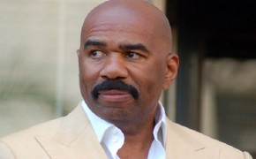 Steve Harvey's Inspirational Speech In the Middle of Game Show