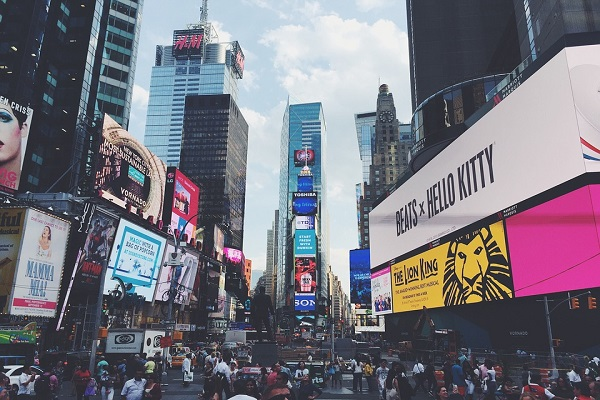 times-square-923269_960_720
