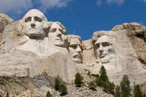 By Mike Tigas from Spokane, WA, United States (Mount RushmoreUploaded by X-Weinzar) [CC BY 2.0], via Wikimedia Commons