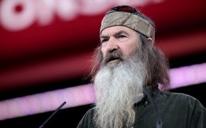 Watch Duck Dynasty's Phil Robertson's Sermon-Style Rant During Ted Cruz Rally