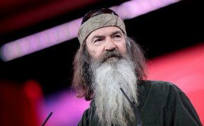 Phil Robertson of Duck Dynasty Endorses Ted Cruz; Wants to Stop 'Evil' Gay Marriage