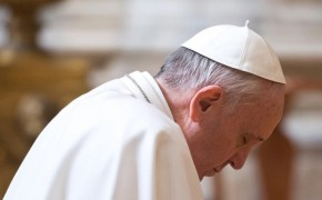 The Pope Wins The Internet – New Instagram Account Gains 1 Million Followers Within Hours