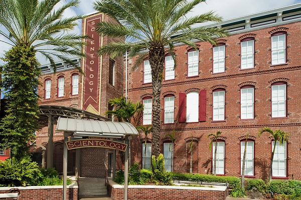 By Scientology Media (Church of Scientology Tampa) [CC BY-SA 2.0], via Wikimedia Commons