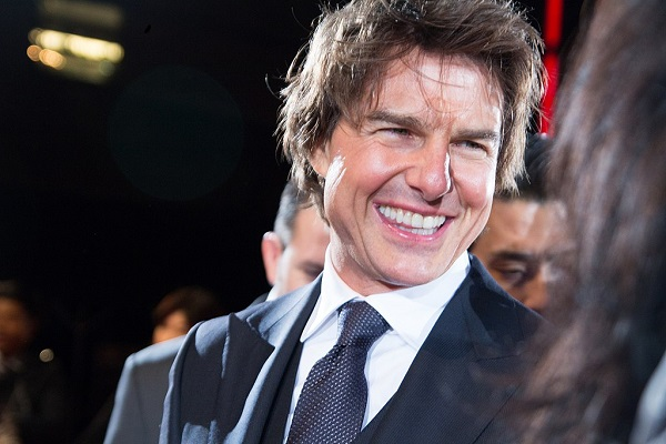 Will Tom Cruise Actually Move to the Scientology Manor in the UK?