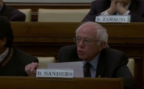 Bernie Sanders Meets Pope Francis After Vatican Speech