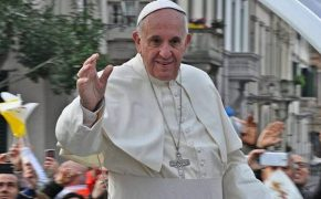 Happiness is Not in an App Says Pope Francis