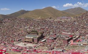 World's Largest Tibetan Buddhist Institute Ordered to be Demolished by Chinese Government
