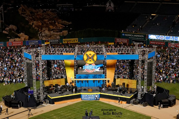 100,000 Faithful Attend 2016 SoCal Harvest Event at Anaheim Stadium