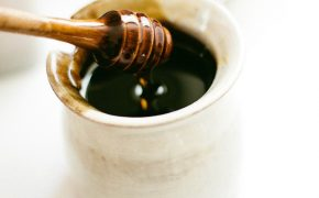 Rosh Hashanah: The Sweet and Not-So-Sweet Side of Honey