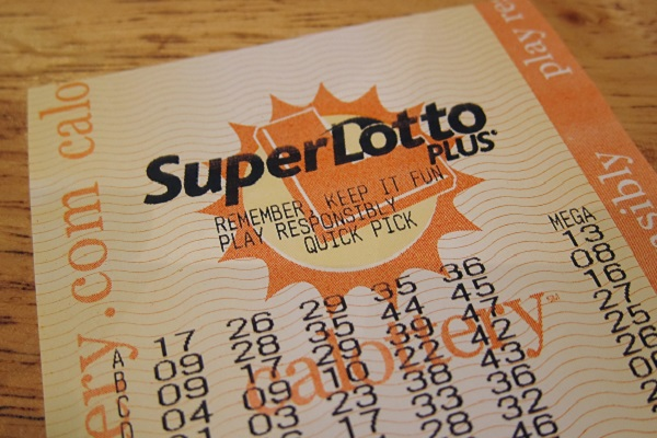 86-Year-Old Man Thanks Virgin Mary for $1.2M Winning Lottery Ticket