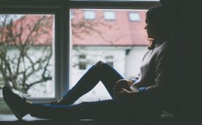 Jehovah's Witnesses Offering Help to Cope with Depression