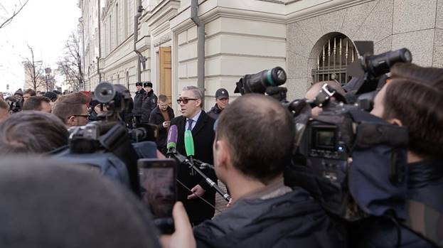 Spokesman for Jehovah's Witnesses in Russia, Yaroslav Sivulskiy, speaks to reporters outside of the Russian Supreme Court. Courtesy of Jehovah's Witnesses.