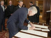 Conservative Neil Gorsuch Officially Added to Supreme Court