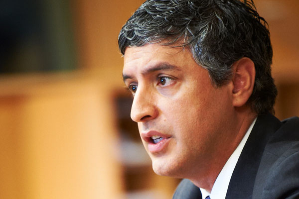 """Reza Aslan, Adjunct Senior Fellow, Council on Foreign Relations"" by Security & Defence Agenda is licensed under CC BY 2.0"