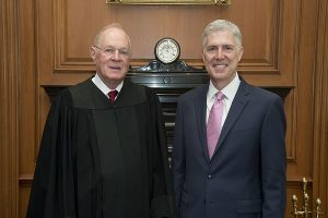Justices Gorsuch (R) and Kennedy (L)
