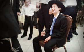 Teen's Bar Mitzvah Gives Houston a Chance to Commiserate, Heal