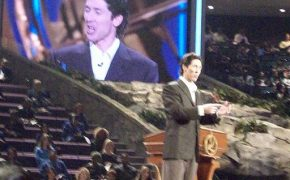 Criticized Televangelist Joel Osteen Helps Synagogue Affected by Hurricane