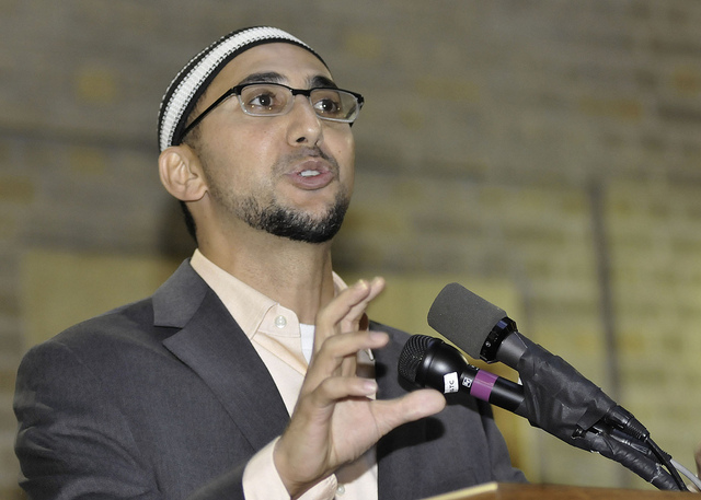 How This Muslim Community Organizer Won Famous Genius Grant