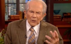 Pat Robertson Blames Las Vegas Shooting on Disrespect for President