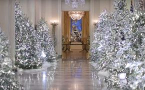 """After Trump Declares to End """"War on Christmas,"""" White House Unveils Christmas Decorations"""