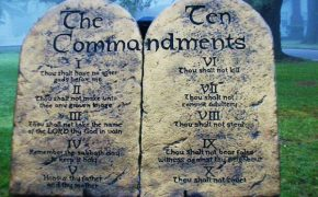 Mississippi Dem Wants the Ten Commandments Displayed in All Schools
