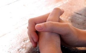 Poll Finds In Times of Crisis Non-Believers Turn to Prayer