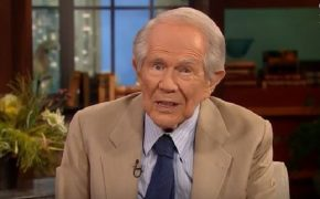"""Even Pat Robertson Says """"For Heaven's Sakes"""" People Don't Need Automatic Weapons"""