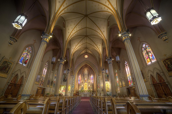 Catholic Church Attendance Continues to Drop
