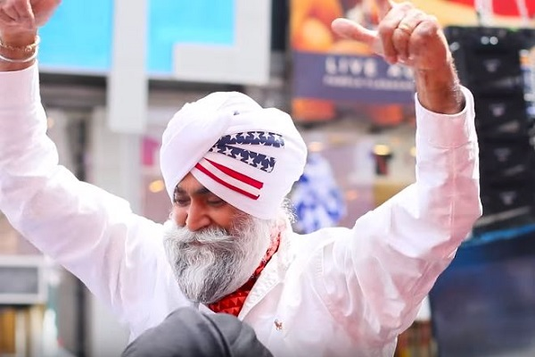 Sikhs Celebrate Turban Day by Breaking World Record - World Religion News