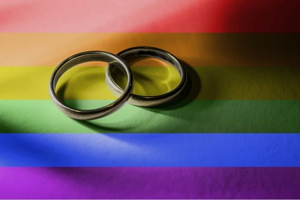 Episcopal Same-sex Couples Can Now Marry in Their Home Parish