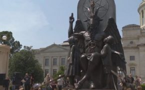Satanists Raise Baphomet Statue in Little Rock, Arkansas