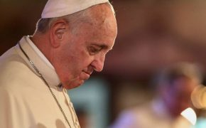 Pope's Letter Urges to Pray and Fast for Child Sex Abuse Victims