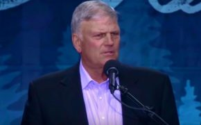 Muslim Group Fighting to Keep Franklin Graham from Entering the UK