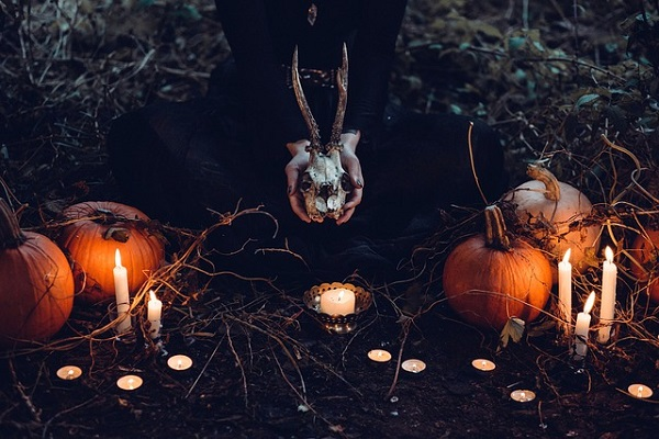 Witches Outnumbers Presbyterians Among U.S. Millennials