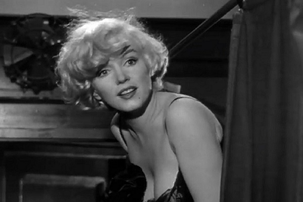 Marilyn Monroe's Prayer Book to Be Auctioned; Why She Converted to Judaism