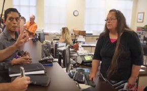 Kim Davis Loses Re-Election Campaign in Kentucky