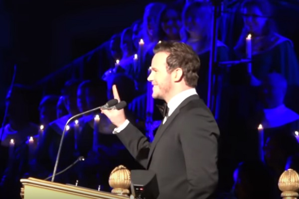 Chris Pratt Reads the Birth of Christ at Disneyland's Candlelight Ceremony